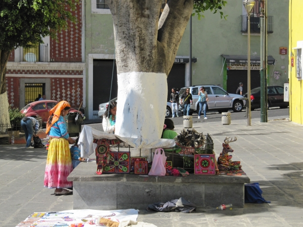6 sur, mercado de Antig�edades, photo par Wim Brinkerink, 2011-03-03