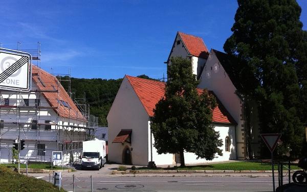 Außenmauer des Chores der Marienkirche von Reutlingen-Bronnw, Bild von M Wittenberg
